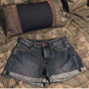 💥2 for $25💥 High Waisted Size 6 Denim Shorts